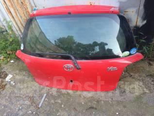 Дверь багажника. Toyota Vitz, NCP10