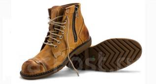 Ботинки. 39, 40, 42, 44