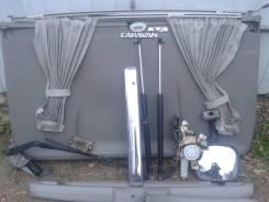 Дверь багажника. Nissan Elgrand