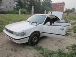 Фара. Nissan Bluebird, U12