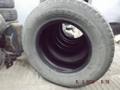 Bridgestone. Всесезонные, износ: 70%, 3 шт