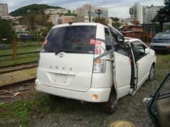 Дверь багажника. Toyota Voxy, AZR65G, AZR60G Двигатель 1AZFSE