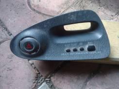 Кнопка включения аварийной сигнализации. Toyota Sprinter