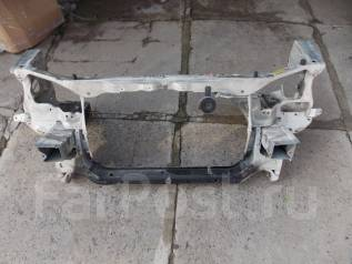Рамка радиатора. Toyota Gaia, SXM10G