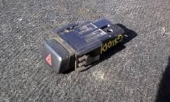 Кнопка включения аварийной сигнализации. Toyota Mark II, GX100, LX100, GX105, JZX105, JZX100, JZX101