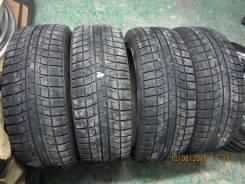 Bridgestone Blizzak Revo2. Зимние, 2007 год, износ: 10%, 4 шт