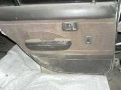 Обшивка двери. Toyota Carina, AT170, AT170G Двигатель 5AFE