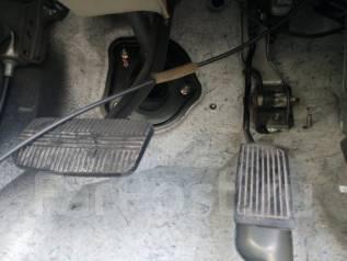 Педаль акселератора. Nissan Elgrand, E51, ME51, MNE51, NE51 Двигатели: VQ25DE, VQ35DE