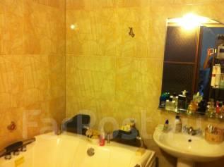 2-комнатная, улица Ватутина 4а. 64, 71 микрорайоны, частное лицо, 60 кв.м. Сан. узел