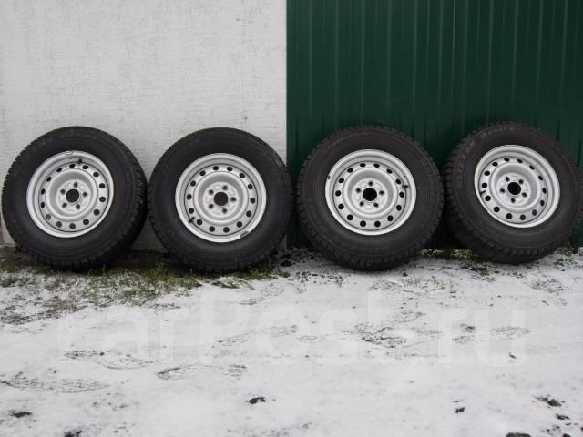 Комплект зимних колес из Японии в Наличии в Кургане. 8.0x15 5x114.30 ЦО 66,7мм.