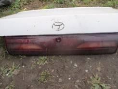 Вставка багажника. Toyota Vista, SV30 Двигатель 4SFE