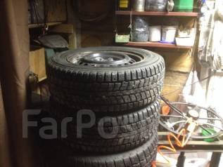 Dunlop. Зимние, шипованные, 2012 год, износ: 30%, 2 шт