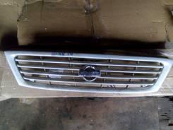 Решетка радиатора. Nissan Sunny