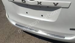 Накладка на бампер. Toyota Voxy