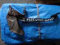 Педаль тормоза. Nissan Safari, WYY61 Двигатели: RD28TI, RD28ETI