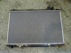 Радиатор охлаждения двигателя. Lexus RX300
