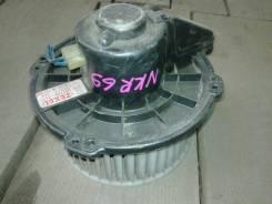 Мотор печки Isuzu ELF NKR69 (12 V) б/у