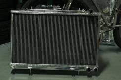 Радиатор охлаждения двигателя. Nissan Skyline GT-R, BNR34, BNR32, BCNR33 Nissan Skyline, ER33, ER32, YHR32, ER34, HR34, BNR34, HR33, HR32, BNR32, FR32...