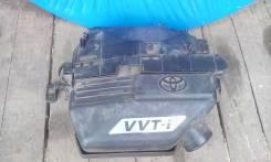 Корпус воздушного фильтра. Toyota RAV4 Двигатель 1AZFE