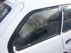 Амортизатор на заднее стекло. Toyota Corolla