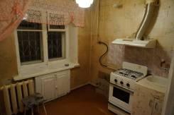 2-комнатная, октябрьский 10 к 3. частное лицо, 44 кв.м.