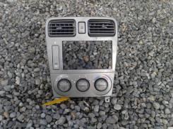 Кронштейн климат-контроля. Subaru Forester, SG5, SG9, SG9L