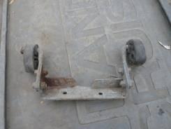 Крепление глушителя. Nissan Vanette, SKF2MN, SKF2VN Двигатель RF