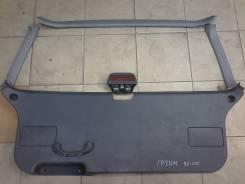 Обшивка крышки багажника. Toyota Ipsum, SXM10
