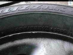 Bridgestone Blizzak Revo2. Зимние, без шипов, 2013 год, износ: 20%, 4 шт