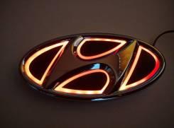 Эмблема 5D красная подсветка (130x65.5) Hyundai