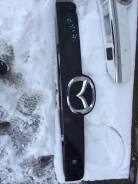 Панель замка багажника. Mazda CX-7