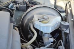 Бачок для тормозной жидкости. Mercedes-Benz G-Class, W463