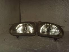 Фара. Toyota Corolla Spacio, AE111