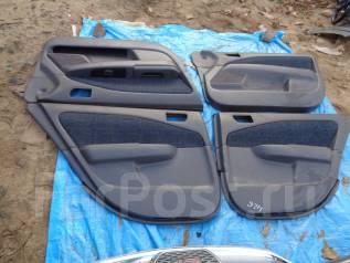 Обшивка двери. Toyota Carina, ST215, AT210, CT210, AT211, AT212