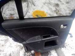 Обшивка двери. Ford Mondeo