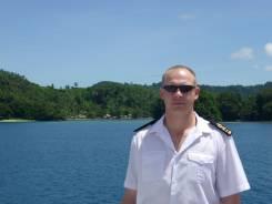 Помощник капитана второй. Высшее образование по специальности, опыт работы 26 лет