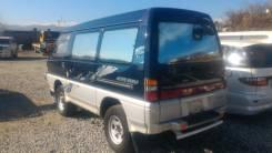 Стекло заднее. Mitsubishi Delica, P25W, P35W Двигатель 4D56