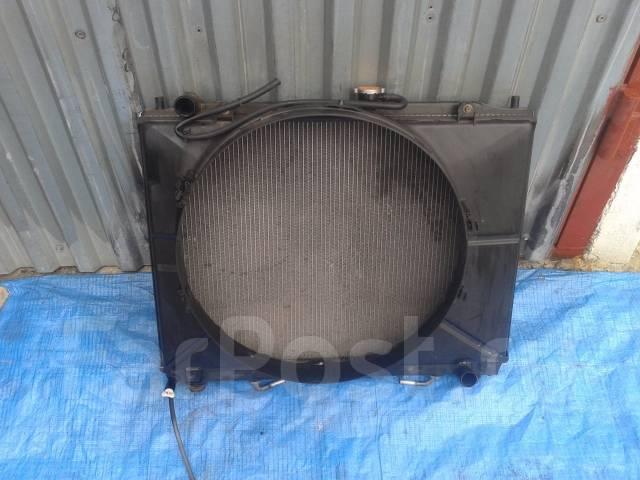 Радиатор охлаждения двигателя. Mitsubishi Pajero, V65W, V75W Двигатели: 6G74, GDI