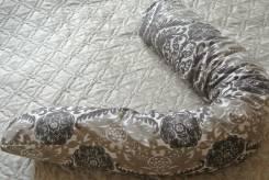 Подушки.