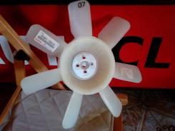 Вентилятор охлаждения радиатора. Toyota Dyna, WU340, WU300, WU410, WU420 Двигатель W04D