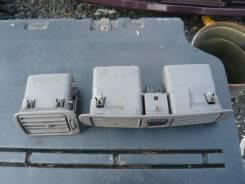Решетка вентиляционная. Toyota Corolla Spacio, AE115N, AE111N, AE115