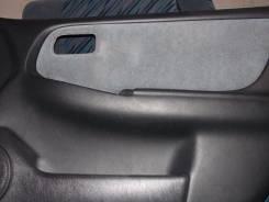 Обшивка двери. Nissan Bluebird, EU14