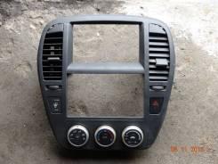 Консоль панели приборов. Nissan Bluebird Sylphy, KG11 Nissan Sylphy Двигатель MR20DE