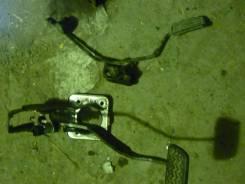 Педаль тормоза. Toyota Probox, NCP50 Двигатель 2NZFE