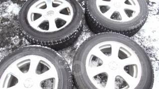 Продам комплект зимних шин на литых дисках 215/60R16. 7.0x16 5x100.00, 5x114.30 ET45 ЦО 73,0мм.