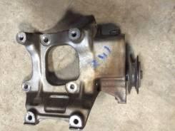 Крепление компрессора кондиционера. Toyota Hilux Surf, KZN185G, KZN185, KZN185W Toyota Land Cruiser Prado, KZJ90W, KZJ95, KZJ95W Двигатель 1KZTE