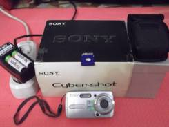 Sony. 7 - 7.9 Мп, зум: 3х