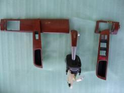 Декоративные накладки на дверь Nissan Tiida