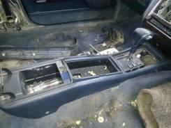 Консоль центральная. Toyota Crown Двигатели: 2JZFE, 2JZGE, 2JZFSE
