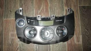 Блок управления климат-контролем. Toyota RAV4, ZSA30 Двигатель 3ZRFAE